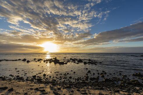 Mauritius, West Coast, Indian Ocean, beach of Trou aux Biches, sunset - FOF09773