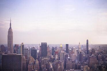 USA, New York City, Manhattan in the evening - CMF00779