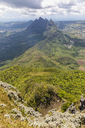 Mauritius, Le Pouce, Wanderung zum Le Pouce Mountain, view of summits Grand Peak, Creve Coeur and Pieter Both - FOF09801