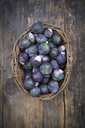 Purple brussels sprouts in basket - LVF06633