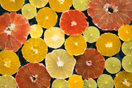 Sliced citrus fruits - MAEF12514