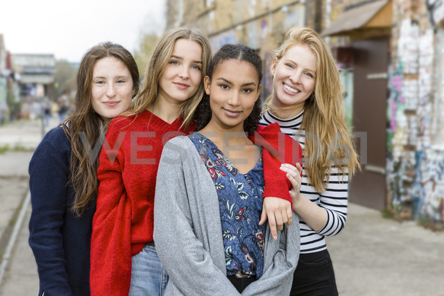 Germany, Berlin, group picture of four girlfriends - OJF00233