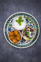 Falafel, salad, red and white cabbage, yogurt sauce with mint - LVF06657