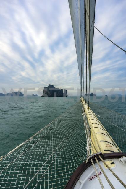Thailand, Andaman Sea, Sailing ship - THAF02140
