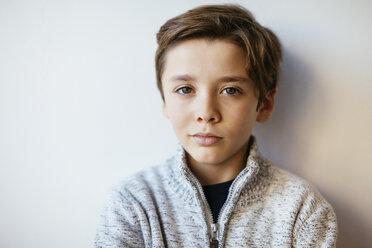 Portrait of confident brunette boy - EBSF02107