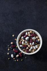 Bowl of mixed pulses - CSF28852