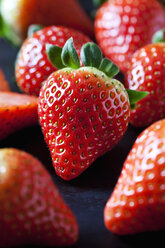 Strawberries, close-up - CSF28888