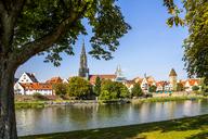 Germany, Baden-Wuerttemberg, Ulm, Ulm Minster and Danube river - PUF01301