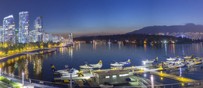 Canada, British Columbia, Vancouver, Coal Harbour in the evening - MMA00231