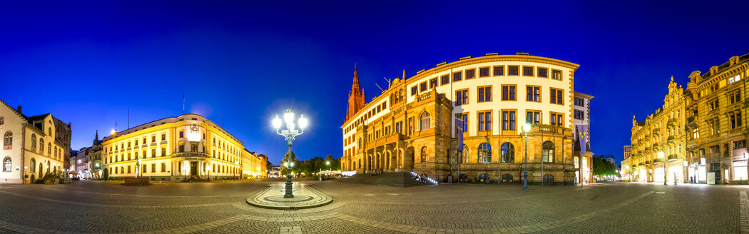 Germany, Hesse, Wiesbaden, Landtag of Hesse, Market Square and New City Hall - PUF01309