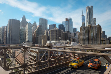 USA, New York City, skyline with One World Trade Center as seen from Brooklyn Bridge - SEEF00009