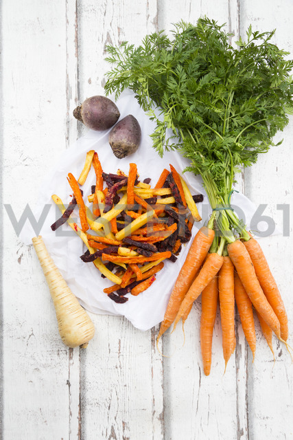 Sweet potato, carrot and parsnip fries - LVF06680