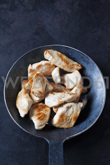 Fillet of turkey in frying pan - CSF28926