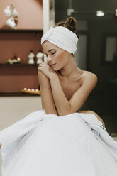 Portrait of young woman in a spa - OCAF00136