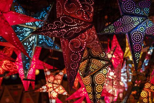 Germany, Bavaria, Augsburg, Christkindlmarkt, shining stars - SIEF07724