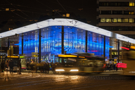 Germany, Bavaria, Augsburg, Koenigsplatz, busses in the evening - SIEF07727