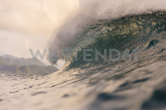 Indonesia, Sumatra, big wave - KNTF00983