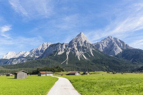 Austria, Tyrol, Lermoos, Ehrwalder Becken, View to Ehrwalder Sonnenspitze, Gruenstein, Ehrwald, Mieminger Kette - FOF09855