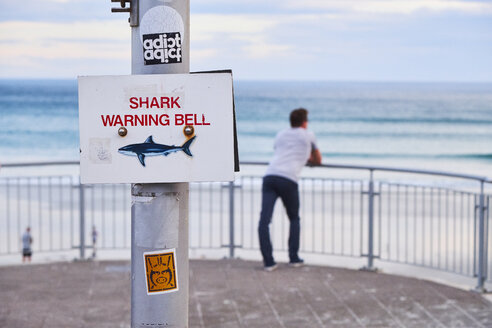 New Zealand, South Island, Dunedin, shark warning bell at St Clair Beach - MR01759