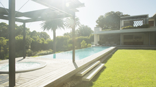 Modern house and swimming pool - CAIF03080