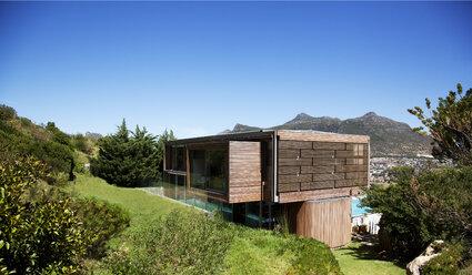 Modern house - CAIF04418