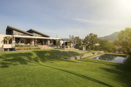 Swimming pool, yard and luxury house - HOXF00269