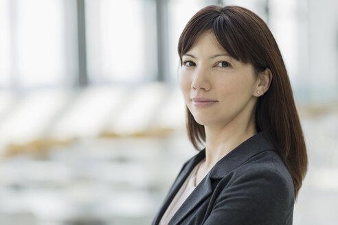 Close up portrait confident businesswoman - HOXF03241
