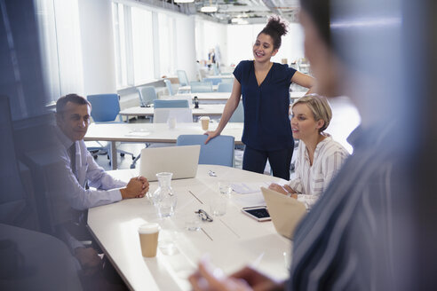 Business people talking and planing in office meeting - CAIF05682