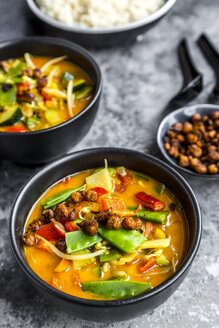 Red curry in bowls and roasted chickpeas - SARF03599