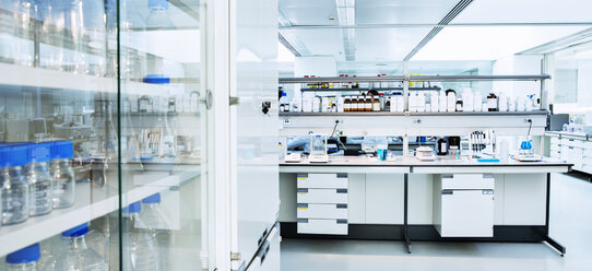 Cabinet, shelves and equipment in laboratory - CAIF14788