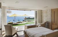 Bedroom overlooking patio and ocean - CAIF17104