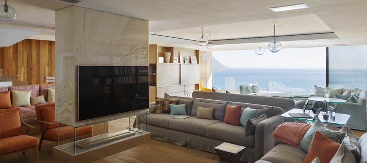 Modern living room with ocean view - CAIF17107