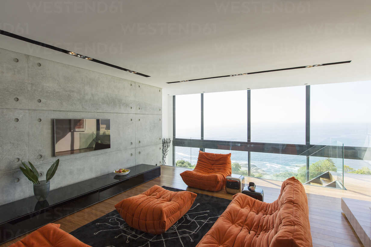 Sofas and ottoman in modern living room - CAIF17155 - Astronaut Images/Westend61