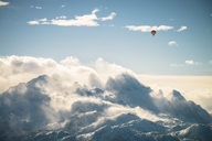 Austria, Salzkammergut, Hot air balloon over Dachstein massif - STCF00415
