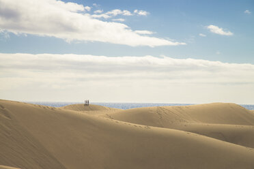 Spain, Canary Islands, Gran Canaria, people on sand dunes in Maspalomas - STCF00421