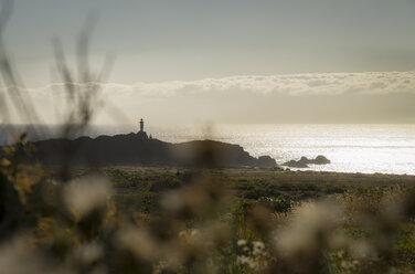Spain, Canary Islands, Tenerife, Punta de Teno, lighthouse at the coast - STCF00451