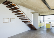Floating staircase in modern house - CAIF18827