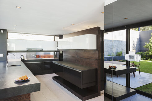 Kitchen in modern house - CAIF19007
