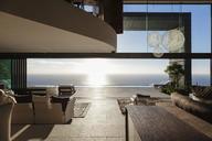 Modern house overlooking ocean - CAIF19010