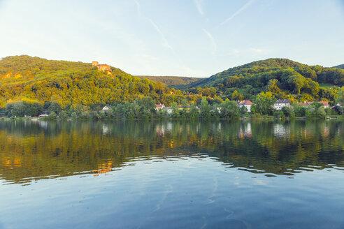 Austria, Lower Austria, St. Andrae-Woerdern, Greifenstein, Greifenstein Castle and Danube river - AIF00453