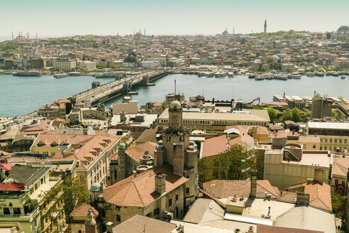 Turkey, Istanbul, Cityscape with Bosphorus, view from Galata Tower, Galata Bridge at Golden horn - TAMF00974