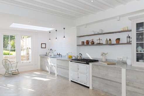 Luxury rustic kitchen - CAIF19238