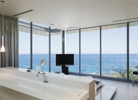 Modern bedroom with ocean view - CAIF19940
