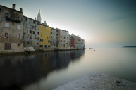 Croatia, Rovinj, row of houses in the evening - STCF00493
