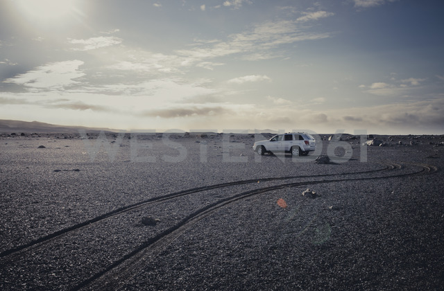 Iceland, off-road vehicle - STCF00517