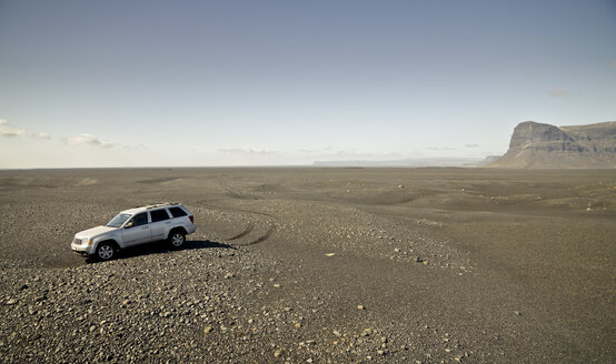 Iceland, off-road vehicle - STCF00523