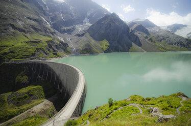 Austria, Kaprun, Mooserboden dam with Moosersperre wall - STCF00568
