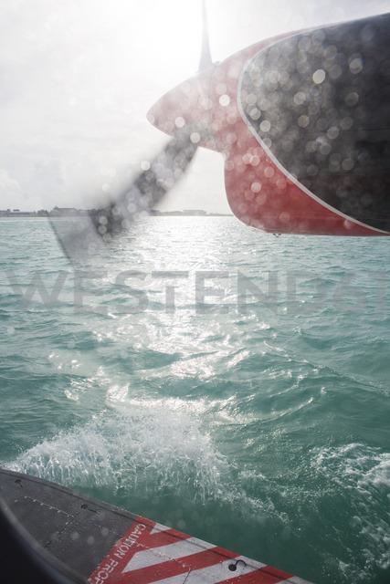 Maldives, seaplane landing on the ocean - ZEF15263