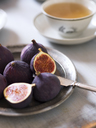 Fresh figs and tea - FOLF00379