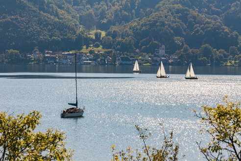 Germany, Baden-Wuerttemberg, Lake Constance, Lake Ueberlingen, Bodman-Ludwigshafen, Bodman, Sailing boats - WDF04537
